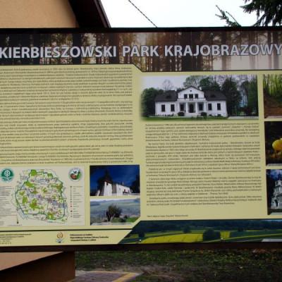 Nowe tablice informacyjne i graniczne w parkach krajobrazowych już stoją!