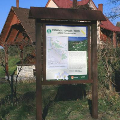 Rewaloryzacja ścieżek dydaktycznych w Kazimierskim Parku Krajobrazowym.