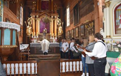Msza. Św. w Kościele z Matczyna mieszczącym się na terenie Muzeum Wsi Lubelskiej w Lublinie 2