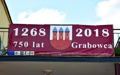 Baner z okazji 750 lecia Grabowca