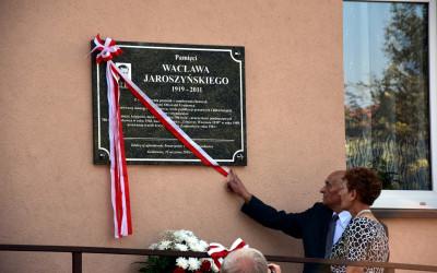 Odsłonięcie tablicy Wacława Jaroszyńskiego