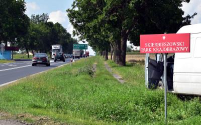 Nowa tablica graniczna Skierbieszowskiego Parku Krajobazowego w Borowinie Starozamojskiej