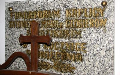 Tablica pamiątkowa fundatorów kaplicy