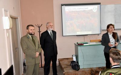 Pani Anna Szczuka, dr Zbigniew Borkowski i Krzysztof Wojciechowski