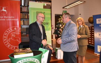 Pan Dariusz Kostecki odbiera zasłużone gratulacje