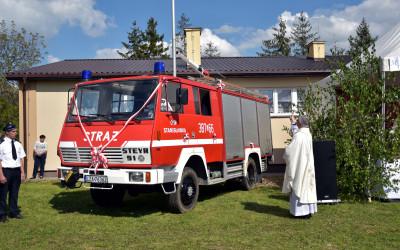 Poświęcenie samochodu strażackiego dla OSP Stanisławka
