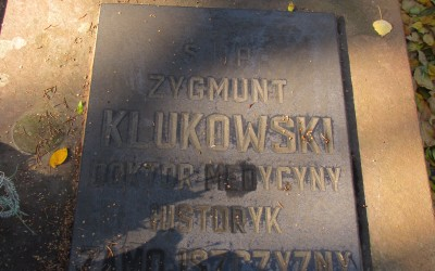 Grób dra Zygmunta Klukowskiego na cmentarzu w Szczebrzeszynie (fot. K. Wojciechowski)