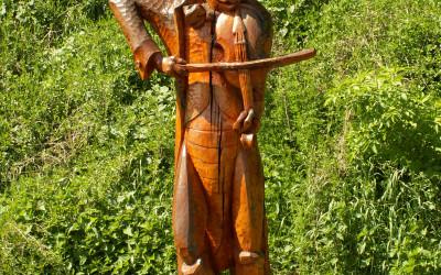 Pomnik chrząszcza nad źródłem w Szczebrzeszynie (fot. K. Wojciechowski)