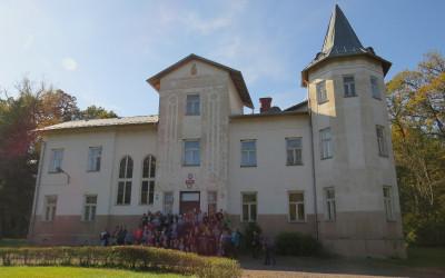 8. Pałac Myśliwski Zamoyskich w Maziarni Strzeleckiej