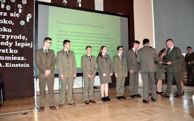 Przyjmowanie nowych członków Polskiego Towarzystwa Leśnego