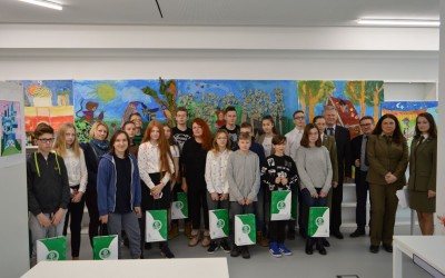 Uczestnicy III etapu Ogólnopolskiego Konkursu Poznajemy Parki Krajobrazowe Polski