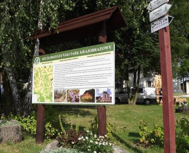 """Zapraszamy na odnowioną ścieżkę przyrodniczo – historyczną """"Szczebrzeszyn – Kawęczynek""""."""