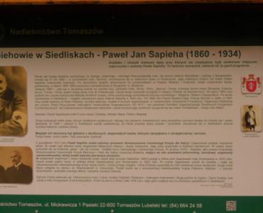 Pokazy kawaleryjskie, odsłonięcie tablicy poświęconej pamięci Pawła Sapiehy.