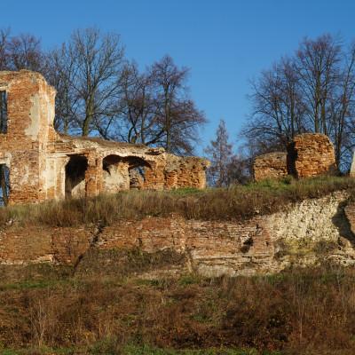 Zawieprzyce – tajemnicze ruiny i makabryczna legenda